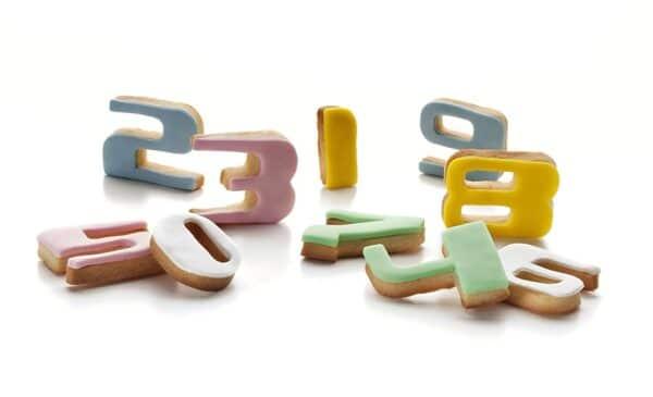 Cortapastas con expulsor (números)
